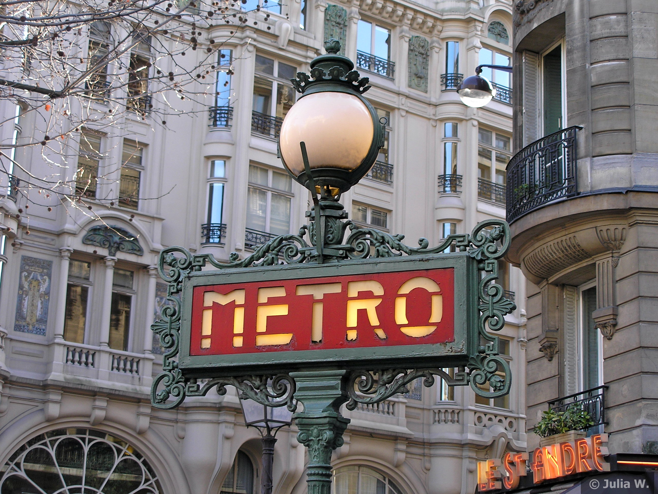301 moved permanently - Metro saint michel paris ...